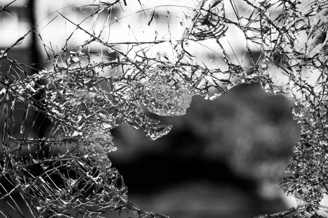 broken-glass.jpg